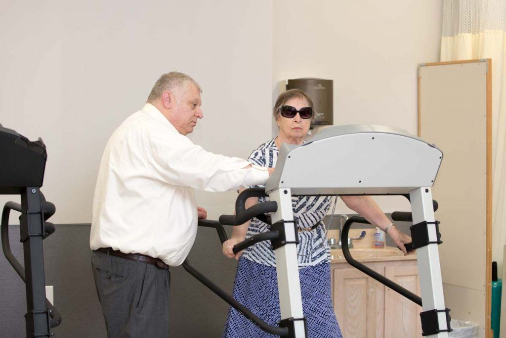 adult day care brooklyn new york senior gym therapy rehabilitation